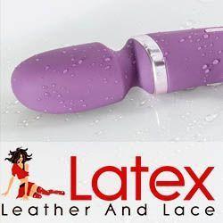 Latex, Leder und Spitze, schauen Sie sich die erstaunliche Sola Sex-Spielzeug-Bereich.