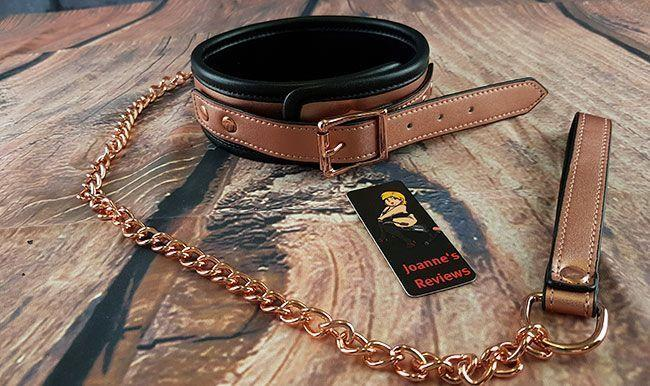 This collar and leash set looks incredible and is so luxurious