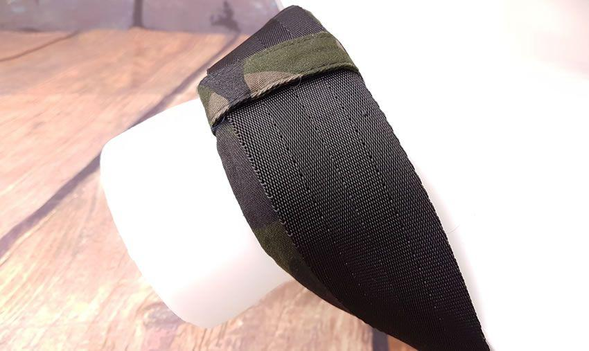 Image showing the neck strap on the Colt Camo Thigh Sling