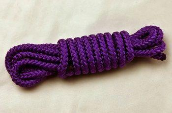 Фиолетовый выглядит красиво