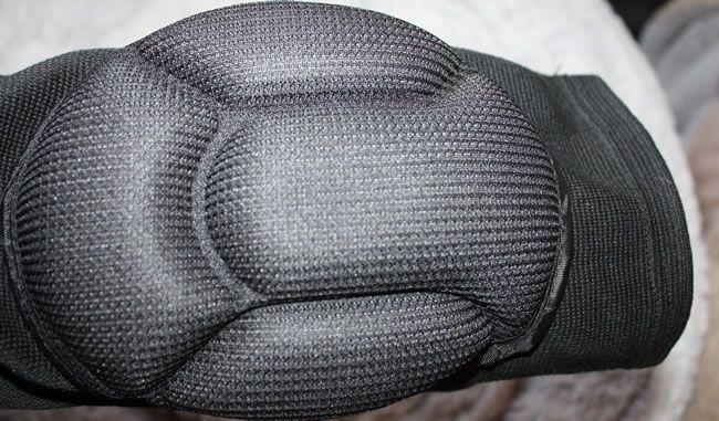 A rugalmas / nylon keverék kényelmes és nagyon rugalmas