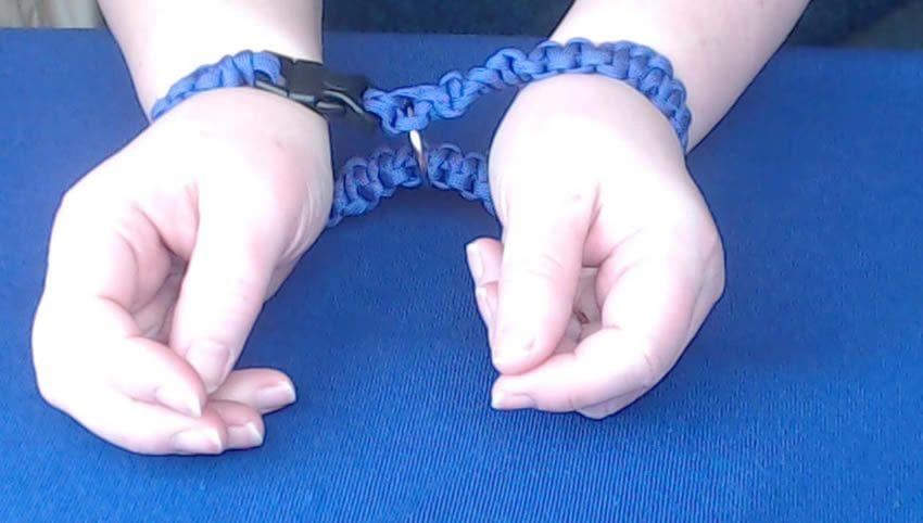 I made this - my own set of kinky paracord cuffs