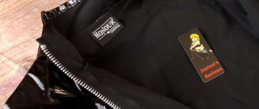 Image showing the strong zip and neat stitching