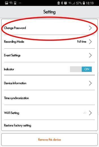 Cambia la password predefinita non appena installi l'app