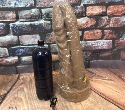 Image showing the XL Tom, Dick and Zoltok Dildo