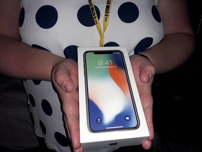 Image showing the iPhone that sub'r' won