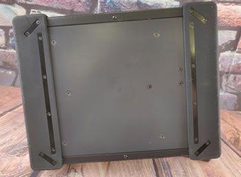 Zdjęcie przedstawiające podstawę cowgirl z dwoma silikonowymi podkładkami zderzaka