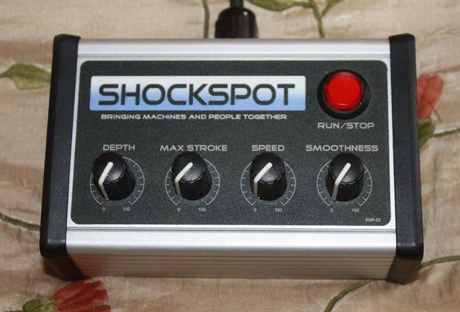 O excelente controle remoto para o shockspot é padrão com alguns fornecedores e uma opção com outros