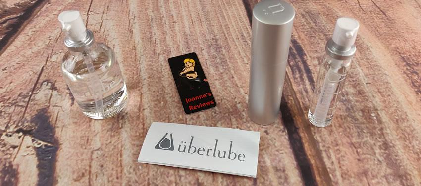 Uberlube Traveler Kitと50mlボトルを示す画像