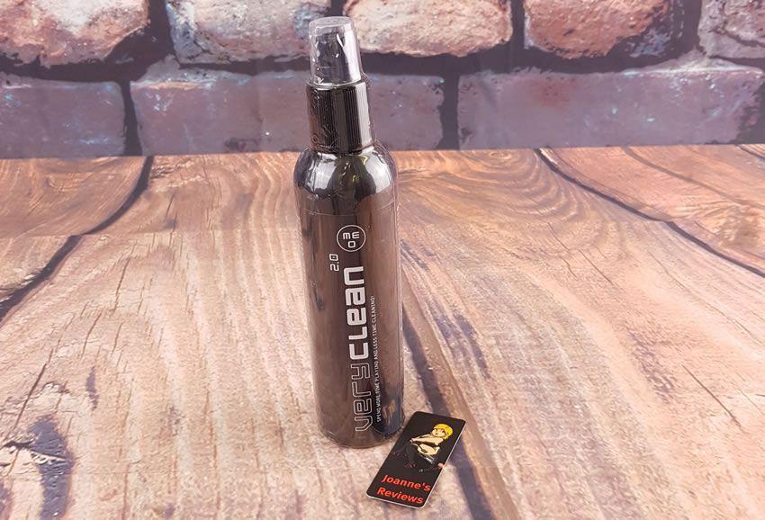 衛生的にシールされたボトルまたはMeo VERYCLEANを示す画像