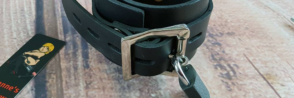 Honour HNRX ES Bondage Rubber Ankle Cuffs & Padlocks