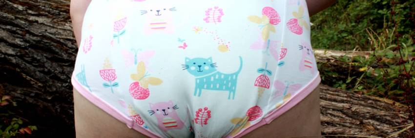 NRU Purrty - Gepolsterte Pull Up ABDL Trainingshose
