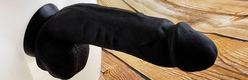 MEO Siyah Etiket Titus Silikon 8 Inç Yapay Penis