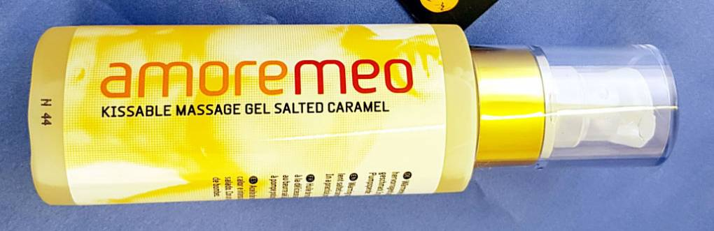 AMOREMEO Salted Caramel Kissable Massage Gel