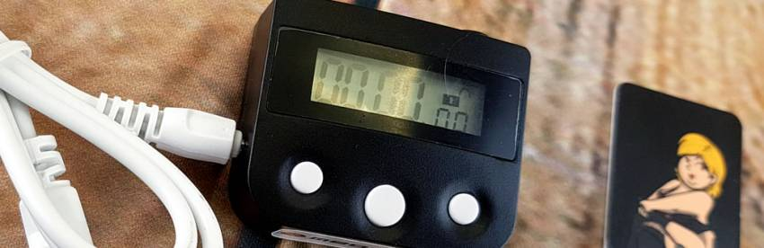 ボンデージと貞操ベルトのレビューのためのMEOBOND電子タイムロック