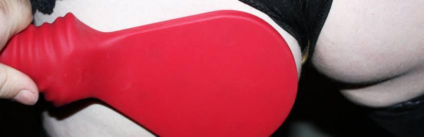 Examen de la palette de fessée en silicone Buch Dich de Fun Factory